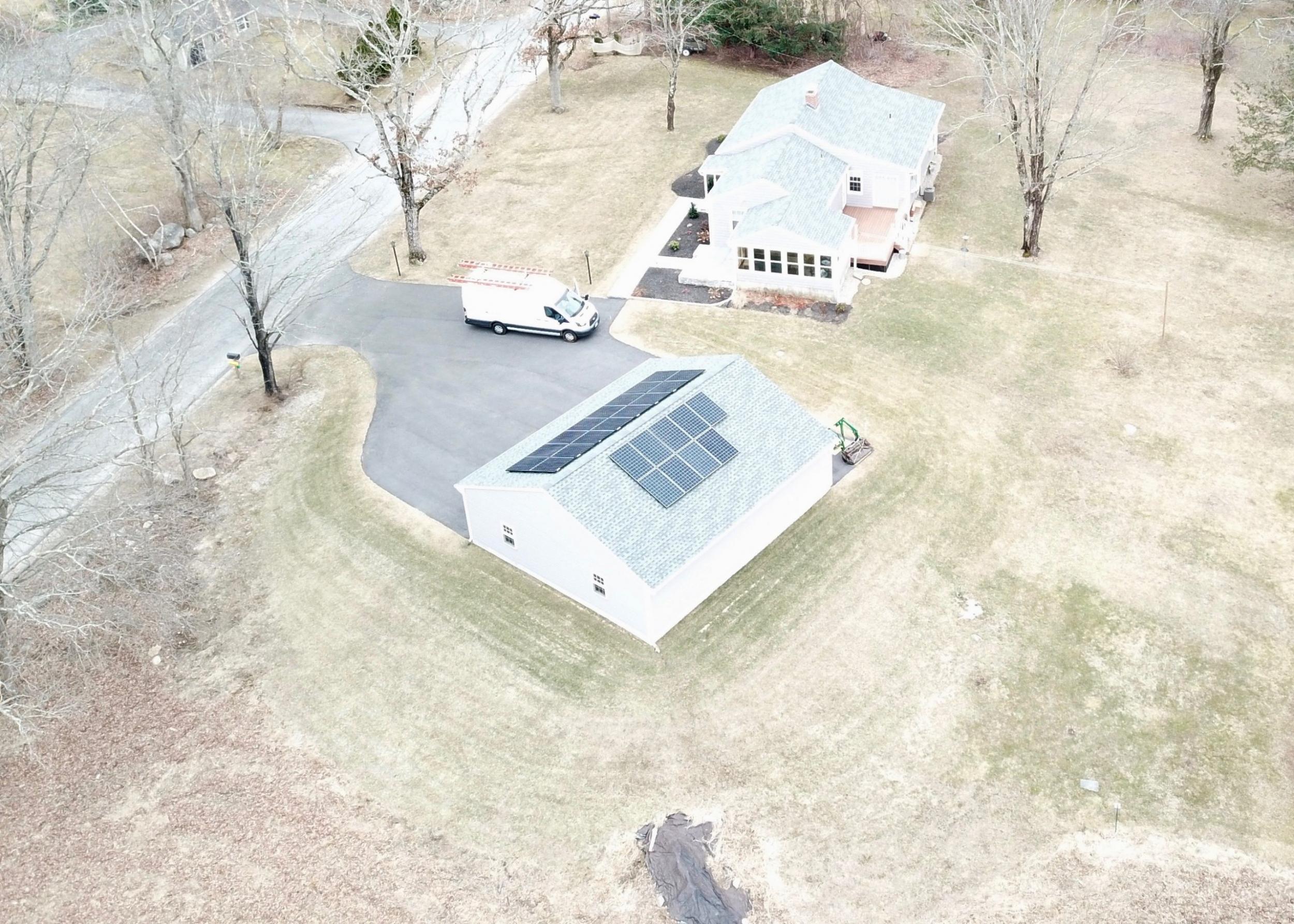 SAVKAT Solar roof installation